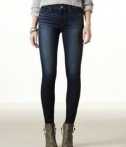 AMERICAN EAGLE SKINNY SUPER SOFT STRETCH JEANS